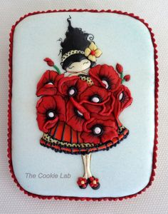 Poppies! A Royal Icing decorated Cookie by Marta Torres