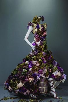 dress made from flower?! how awesome!