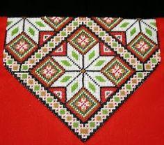 Bilderesultat for sunnhordlandsbunad brystduk Diy And Crafts, Paper Crafts, Palestinian Embroidery, Perler Beads, Needlepoint, Norway, Cross Stitch Patterns, Needlework, Embroidery Designs