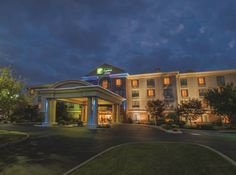 Holiday Inn Express & Suites Buffalo Airport Cheektowaga (New York) Minutes from Buffalo-Niagara International Airport with free shuttle service, this hotel is a short drive from Niagara Falls attractions and features a free hot breakfast.