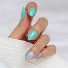 Moje stare miętusy czyli Semilac Mint oraz gradient z Pink Smile ☺ Czekam na przesyłkę z Hardem i wracam do Was z nowymi mani  Zamówiłam tez rapidograf i zobaczymy co z tego wyjdzie ☺ #mani #nail #nailswag #nailsdone #semilac #manicure #nailsofinstagram #instanails #mint #gradient #ombre #nails2inspire #nailstagram #nailsdid #inspirations #hedonistkanails