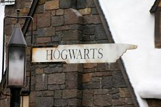 Image discovered by v i c t o r i a. Find images and videos about harry potter, magic and hogwarts on We Heart It - the app to get lost in what you love.