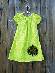 Jelly The Pug Size 4T Toddler Girl's Short Sleeve Green Tree Dress #JellythePug