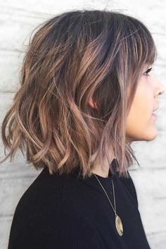 Same length balayage bob with bangs – cute short haircuts for daily wear Medium and fine hair types Longbob Hair, Balayage Bob, Soft Balayage, Balayage With Fringe, Wavy Bob Hairstyles, School Hairstyles, Easy Hairstyles, Anime Hairstyles, Hairstyles Videos