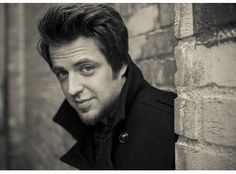 """American Idol"" Winner Lee DeWyze to Sing National Anthem at MAVTV 500 - Auto Club Speedway Aug.30/14"