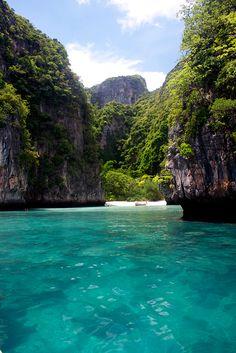 Thailand - koh Phi Phi | by : Tizio73 : hier ben ik deze zomer op vakantie geweest ik hou heel erg van reizen