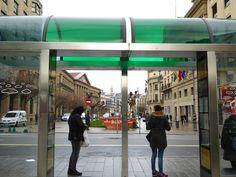 Adoquines y Losetas.: Bus stop