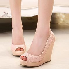 Elegant Women's Peep Toed Shoes With Lace and Wedge Heel Design