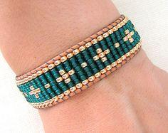 Mixed Beaded Macrame Bracelet Golden Tones