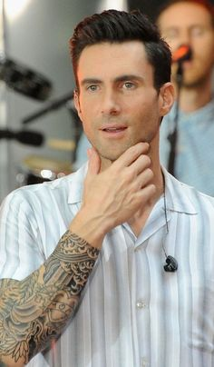 New PopGlitz.com: Maroon 5 Announce 'Maroon 5 World Tour 2015' Dates - http://popglitz.com/maroon-5-announce-maroon-5-world-tour-2015-dates/