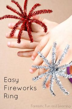 Easy Fireworks Ring Craft for Kids.great for Fourth of July parades and party favors Grab some pipe cleaners and make these easy fireworks rings for New Year's Eve, the Fourth of July, or any other patriotic holidays. New Year's Eve Crafts, Holiday Crafts, 4th Of July Party, July 4th, Fourth Of July Crafts For Kids, Fouth Of July Crafts, Fireworks Craft For Kids, 4th Of July Games, Craft Kids