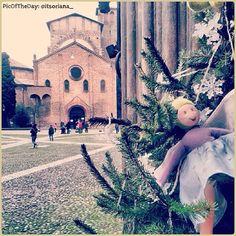 """La #PicOfTheDay #turismoer di oggi dà il benvenuto al mese del #Natale! """"#Christmas is in the air"""" a #Bologna. Complimenti e grazie a @itsoriana_"""