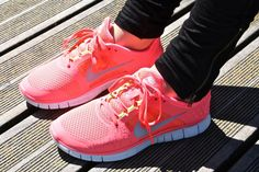 Buy 2014 Nike Free Run Womens Pink with best discount.All Nike Free Run Womens shoes save up. Sneakers Mode, Air Max Sneakers, Sneakers Fashion, Fashion Shoes, Nike Free Runs For Women, Nike Free Run 3, Women Nike, Nike Shoes Cheap, Nike Shoes Outlet