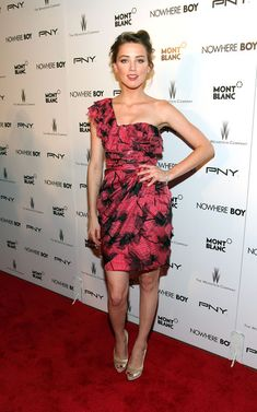 """Amber Heard Photos: New York Premiere of The Weinstein Company's """"Nowhere Boy"""" - Arrivals"""