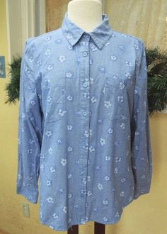 Basic Editions Floral Chambray Classic Shirt L Party Work Cute Comfy Wear Jeans #BasicEditions #BlouseButtonDownShirt #CasualDressy