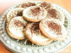 Cappuccinokaker Norwegian Food, Norwegian Recipes, Bagel, Doughnut, Tiramisu, Camembert Cheese, Cake Recipes, Bread, Cookies