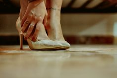 Details, tattoo, Hakuna matata, shoes, ring