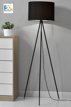 """Moderná [lux.pro] Stojaca lampa """"Dreifuß"""" HT168019 má nie len krásny dizajn, ale ponúka aj efektívne osvetlenie, pätica: 1 x E27, max. 40 W, výška: 150 cm, tienidlo: Ø 40 x 29,5 cm, čierna tkanina, produkt značky [lux.pro] Tripod Lamp, Lighting, Design, Home Decor, Cluster Pendant Light, Decoration Home, Room Decor, Lights"""