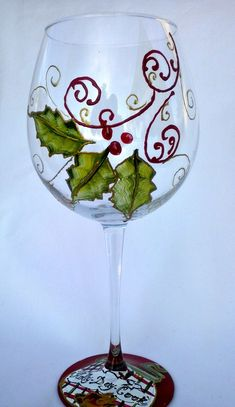 Holly-Day-Cook Hand Painted Wine Glass No instructions Christmas Wine Glasses, Diy Wine Glasses, Decorated Wine Glasses, Hand Painted Wine Glasses, Painted Wine Bottles, Wine Glass Crafts, Wine Bottle Crafts, Pebeo Porcelaine 150, Wine Glass Designs