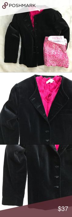 """Chaus Black Velvet Blazer Jacket Velvet is the perfect way to take your Summer clothes into Fall. Says size 13/14. Built in shoulder pad. Very good condition. When buttoned...37"""" bust. 35"""" waist. 23.5"""" long Chaus Jackets & Coats Blazers"""