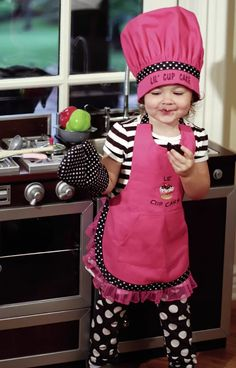 Lil Cupcake Chef Apron (Set of Jean Apron, Cool Aprons, Jolie Lingerie, Chef Apron, Sewing Aprons, Apron Designs, Kids Apron, Maid Dress, Baby Sewing