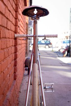 http://www.airtightcycles.com/mbius-crit-1/gnkc9vuiwqi7zn0eirvp7l4fgf2yev