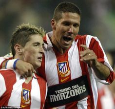 Fun Fact: Diego Simeone used to play with Fernando Torres at Atletico back in 2005. Young Torres was their team's captain at the time. Now Cholo is his coach.