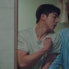 Nam Joo Hyuk Lockscreen, Nam Joo Hyuk Wallpaper, Nam Joo Hyuk Tumblr, Nam Joo Hyuk Cute, Hot Korean Guys, Korean Men, Korean Actors, Bride Of The Water God, Joon Hyuk