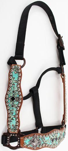 Custom tie down noseband horse tack made for a customer it has horse halter scalloped 72215148g 5001104 pixels maxwellsz