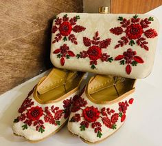 Buy NOW! Punjabi Jutti and Clutch Combo! DM or WhatsApp to Order! Dress Up Shoes, Me Too Shoes, Indian Shoes, Floral Flats, Bridal Sandals, Fabric Combinations, How To Look Classy, Indian Designer Wear, Simple Dresses