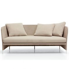 Sofa's en fauteuils voor de exclusieve binnen- en buitenomgevingen. De collectie bestaat uit de Teatime fauteuil, 2-zits en 3-zits banken. De structuur in staal behandeld tegen roest en poeder gelakt is bedekt met de nieuwe Paola Lenti stof Thuia, speciaa -