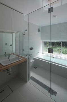 Master Wet Room - Glass Wall