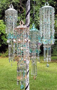Purchase or custom order unique crystal wind chime designs. Unique chandeliers also available! Browse Gallery for great ideas! Crystal Wind Chimes, Diy Wind Chimes, Hanging Crystals, Diy Crystals, Suncatcher, Glass Garden Art, Stained Glass Art, Garden Crafts, Mobiles