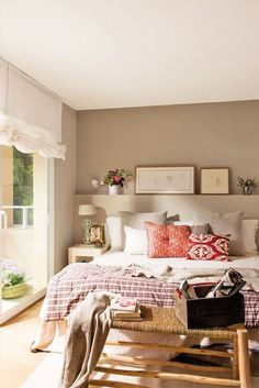 Do You Like An Ideas For Scandinavian Bedroom In Your Home? If you want to have An Amazing Scandinavian Bedroom Design Ideas in your home. Brown Master Bedroom, Master Bedroom Design, Home Bedroom, Bedroom Decor, Master Closet, Beige Walls Bedroom, Beige Bedrooms, Upstairs Bedroom, Wall Decor