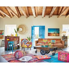 Awesome Mexican Modernism For New Home Decor Inspiration - Page 20 of 24 Mexican Style Decor, Mexican Bedroom Decor, Mexican Living Rooms, Mexican Style Homes, Mexican Interior Design, Boho Dekor, Colourful Living Room, Deco Boheme, Bohemian Decor