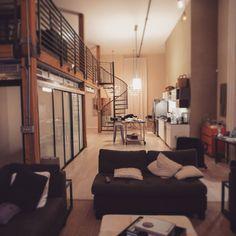 Chamillionaire's loft setup [1080 x 1080]