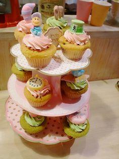 Alice-in-Wonderland Cupcake Petit mignon-Japan