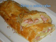 Strudel salato con patate, wurstel e mozzarella. <3 Ricetta su  https://www.facebook.com/DolceESalatoRelax/ … #homemade #lemaddine #food