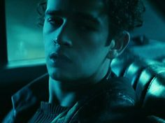 Find images and videos about alternative, the 1975 and matty healy on We Heart It - the app to get lost in what you love. Matty Healy, The 1975 Somebody Else, Entertainment Blogs, Life Of Crime, Aries Men, Bad Blood, How To Get Money, Celebrity Gossip, Cinematography