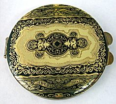 Florentine Tooled Leather Compact Green Gold Italy. Click the image for more information.