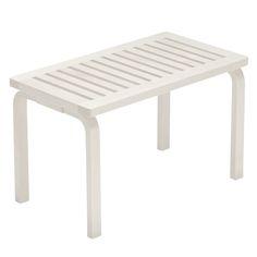 Aalto bench white, by Artek. Nordic Interior Design, Scandinavian Design, Alvar Aalto, Bench Designs, White P, Entrance Hall, Outdoor Furniture, Outdoor Decor, Interior Inspiration