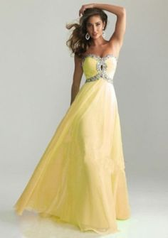 Shop prom dresses and long gowns for prom at Simply Dresses. Floor-length evening dresses, prom gowns, short prom dresses, and long formal dresses for prom. Prom Dress 2013, Dresses 2013, Grad Dresses, Homecoming Dresses, Bridesmaid Dresses, Formal Dresses, Formal Prom, Long Dresses, Prom Gowns