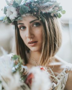 33 Inspirational Bridal Makeup Ideas ❤ Every bride faces the dilemma: what should be the wedding make-up? We've rounded up some beautiful wedding makeup ideas for your inspiration. Makeup For Round Eyes, Wedding Makeup For Blue Eyes, Wedding Makeup Tips, Natural Wedding Makeup, Wedding Hair And Makeup, Wedding Make Up, Bridal Makeup, Hair Makeup, Wedding Bride