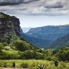 Oribi Gorge Guest Farm in KwaZulu-Natal bied uitsigte waaroor jy net kan droom! #views #Farmlife #farm #scenic #nature #KZN #southafricannature Net, South Africa, River, Mountains, Places, Nature, Outdoor, Outdoors, Naturaleza