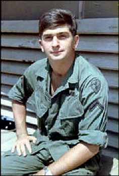 Virtual Vietnam Veterans Wall of Faces | WILLIAM E FOSTER JR | ARMY