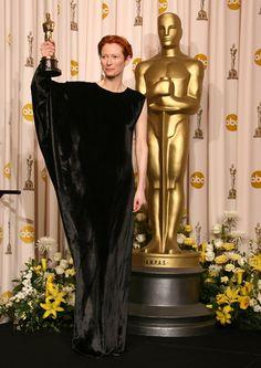 "2008 Oscar - Tilda Swinton for Best Supporting Actress in ""Michael Clayton"" #Oscar #TildaSwinton"
