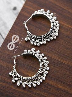 The Playful Elegance - Boho Hoop Earrings (Silver) Indian Jewelry Earrings, Indian Jewelry Sets, Silver Jewellery Indian, Jewelry Design Earrings, Ear Jewelry, Silver Earrings, Silver Bangles, Jewlery, Silver Jewelry
