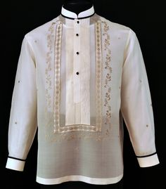 Mandarin Collar Tuxedo Shirt Barong Tagalog The tuxedo shirt barong tagalog offers some stylish accent to your formal attire. Is the perfect way to liven up the traditional barong tagalog while retaining the highest standard of elegance. Formal Attire Women Business, Formal Attire For Men, Business Formal, Men Formal, Wedding Suits, Wedding Vows, Wedding Groom, Barong Wedding, Wedding Ideas