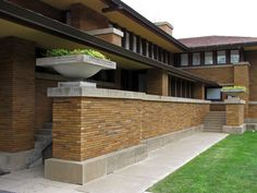 Martin House    The Darwin D. Martin House Complex, also known as the Darwin Martin House State Historic Site, was designed by Frank Lloyd Wright and built between 1903 & 1905. Located at 125 Jewett Parkway in Buffalo, New York, it is considered to be one of the most important projects from Wright's Prairie School era, and ranks along with The Guggenheim in New York City and Fallingwater in Pennsylvania among his greatest works.