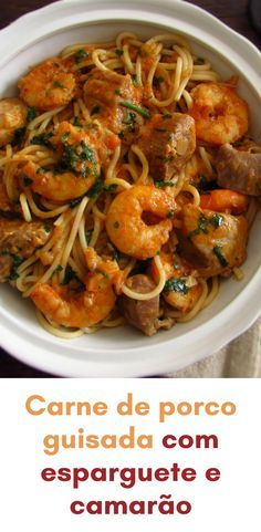 Do you like to receive friends at home and want to prepare a delicious meal with excellent presentation? Your friends will love this stewed pork. Food C, Love Food, Pork Dishes, Fish Dishes, Pork Recipes, Cooking Recipes, Healthy Recipes, Guisado, Pasta